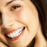 Tẩy trắng răng là gì ?