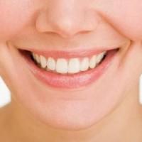 Nên cấy ghép implant hay lắp hàm giả, cầu răng